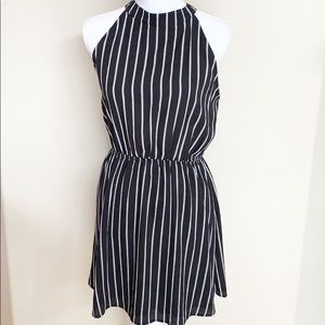 👗Anthropologie Paper Crane Sleeveless Dress